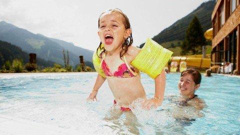 freischwimmbad-kinder