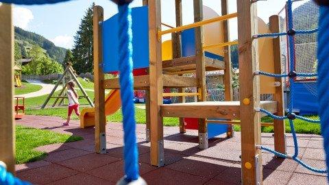 kinderspielplatz 14 0126