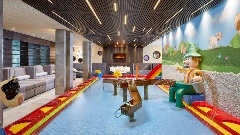 New children's indoor pool