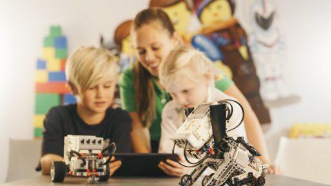 Lego Education 9